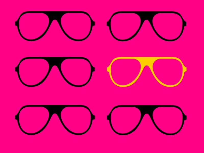 occhiali con fondo colorato